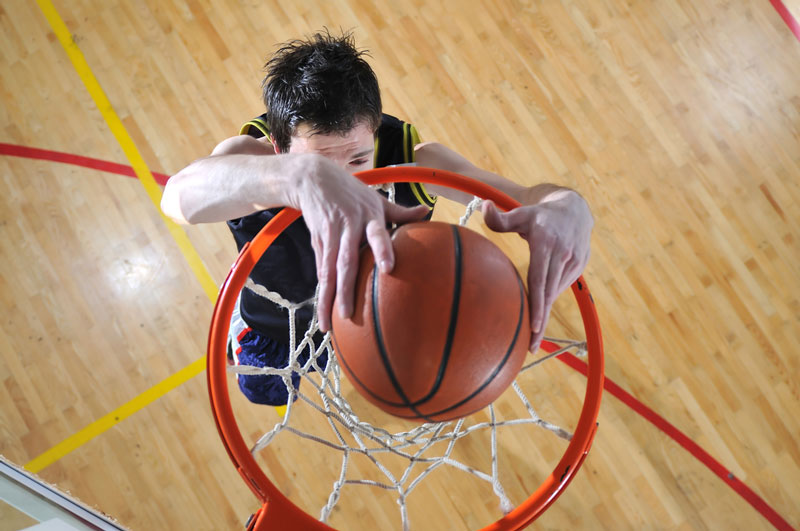 How To Play Basketball: A Basic Learning Guide For Beginners!